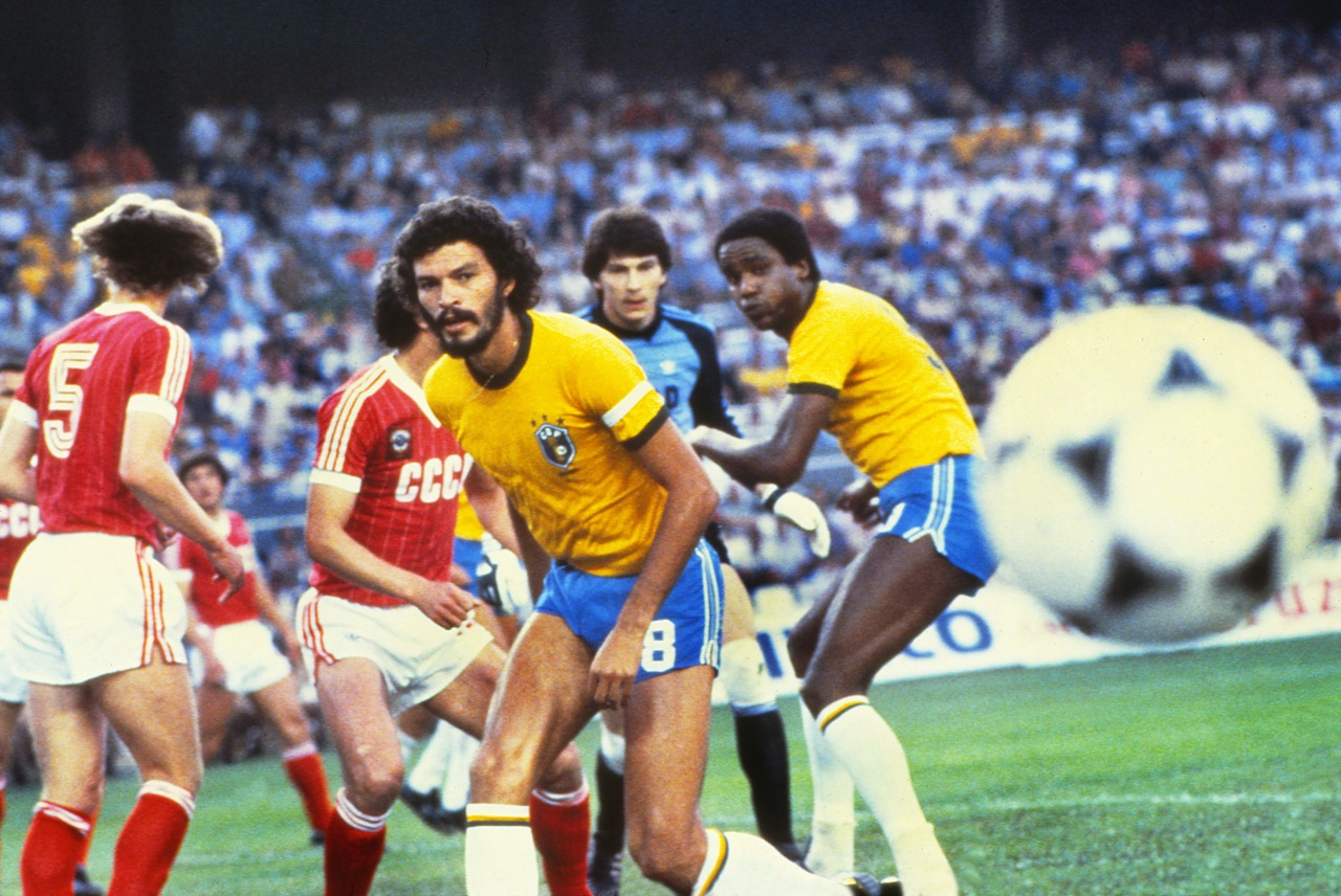 Espanha, 1982 - Fase de Grupos: BRA vs URS
