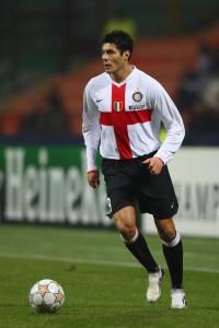Em 2007, Inter usou uniforme inspirado nos tempos de Ambrosiana