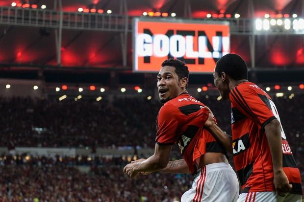 Flamengo v Atletico Paranaense - Brazilian Cup 2013 Final