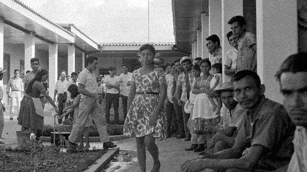 Honduras: centena de imigrantes salvadorenhos