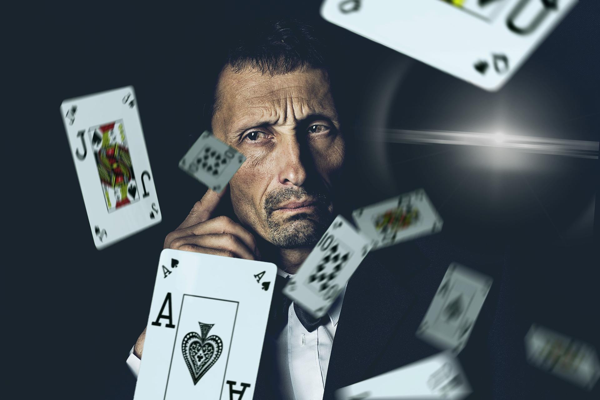 Poker de mesa vs poker online